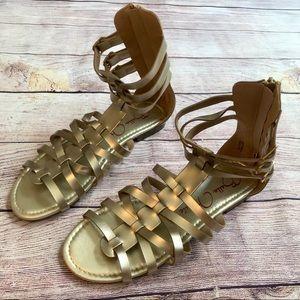 NWOB bella marie Gladiator gold sandals 10